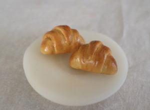fimo croissant plate