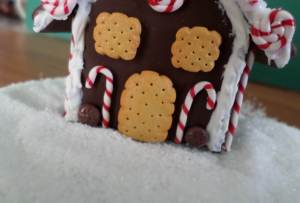 polymer gingerbread house 8