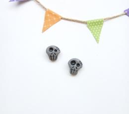 grey skull studds 11