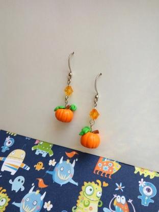 pumpkin earrings 2